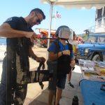 élève en tenue de protection de gendarme